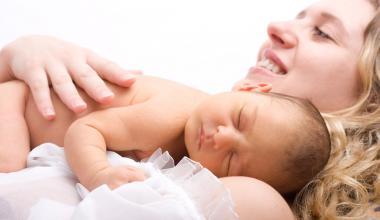 Doğumdan İtibaren Anne Sütü ile İlgili Önemli Noktalar